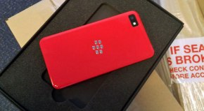 Limited Edition BlackBerry Z10 coming for developers; puts the Iron Man suit to shame