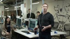Facebook launches FB Home ad, starring Mark Zuckerberg